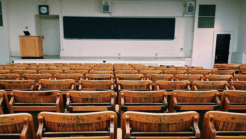 นักศึกษา นักเรียน ห้องสอบ