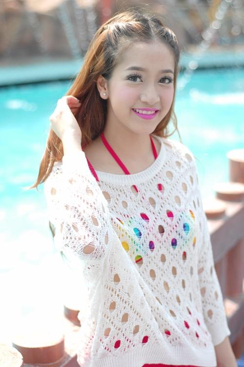 สาวหน้าหวาน ชิงชิง-คริษฐา Miss hariyoon 2014 ม.กรุงเทพ