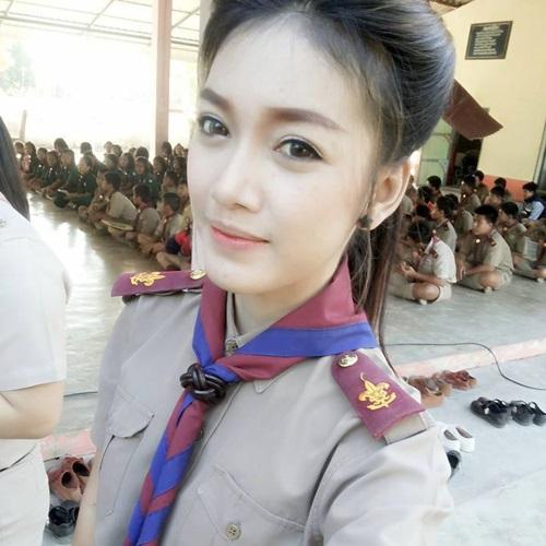 น่ารักอะ!! รวม 'คุณครูหนุ่มสาว' หน้าใสในประเทศไทย