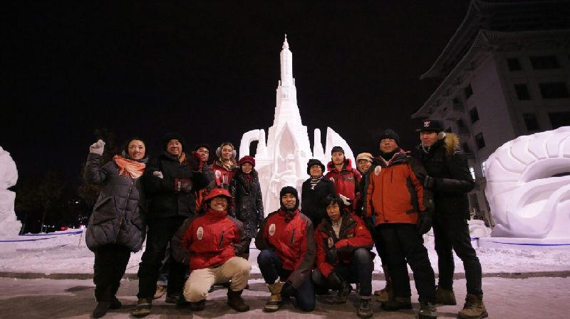 ร่วมยินดี! นศ อาชีวะไทย คว้าแชมป์แกะสลักหิมะนานาชาติปี 2559 (7 ปีซ้อน) 5