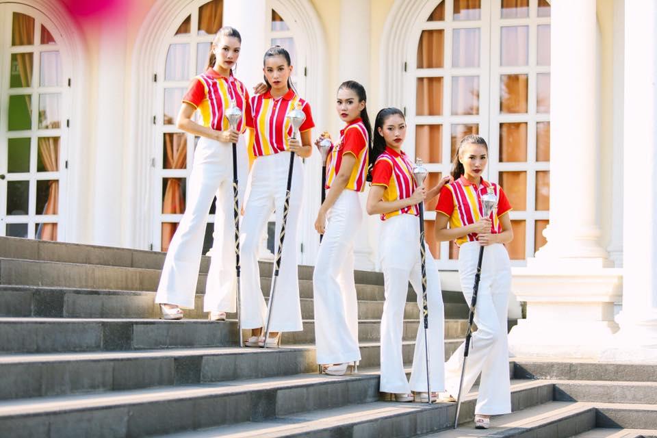 5 สาว ดรัมเมเยอร์ธรรมศาสตร์ งานฟุตบอลประเพณีธรรมศาสตร์-จุฬาฯ 71 (2)