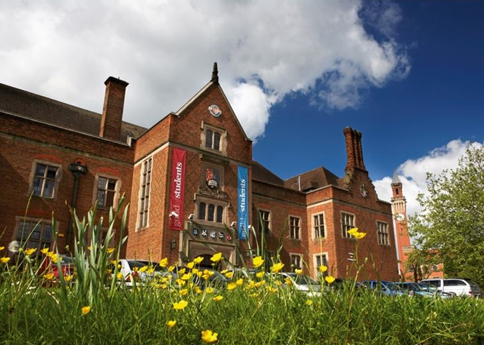 University of Birmingham ทุนการศึกษา สหราชอาณาจักร