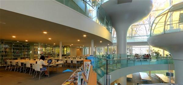 ห้องสมุดที่สวยที่สุดในโลก Seikei University (2)