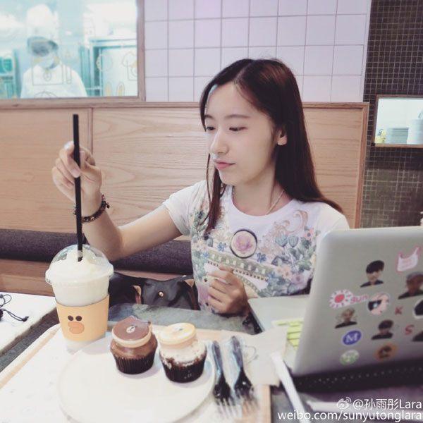 เก่งแพ็คคู่! แฝดหญิงที่สวยสุดใน ม.ฟู่ต้าน เซี่ยงไฮ้ สอบติด ม (5)