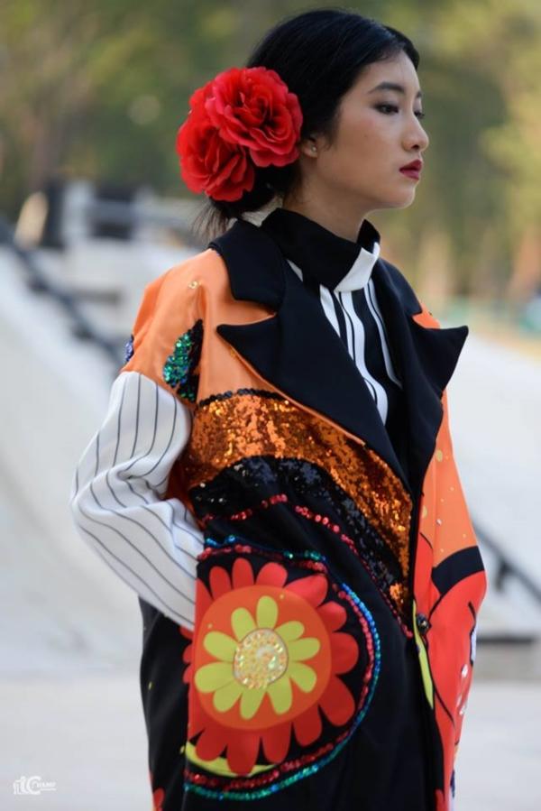 ชมภาพ Fashion Show ผลงาน นศ.ออกแบบเครื่องแต่งกาย ม (29)