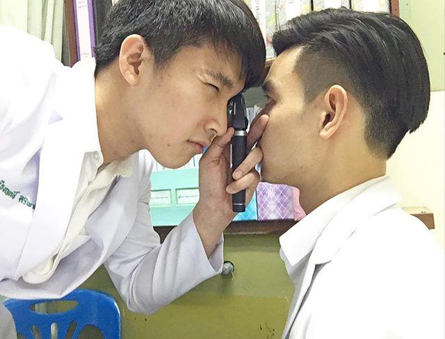 มาดูว่าที่ หมอริท ในชุด นศ.แพทย์ ราศีหมอจับเลย!! (7)