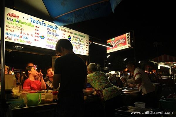 10 ร้านเด็ดศิลปากร...น้อง ๆ การันตีความอร่อย