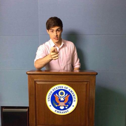 ทีชเชอร์เกร็ก ครูสอนภาษาอังกฤษสุดหล่อ (6)