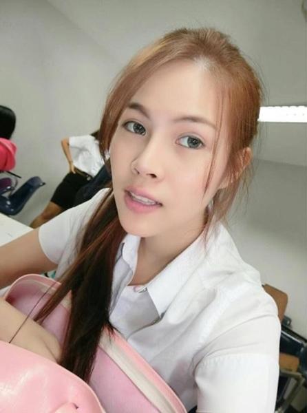 น้องไดร์ จิณณ์ณิตา Miss Thailand World 2016 ในลุคนักศึกษา (9)