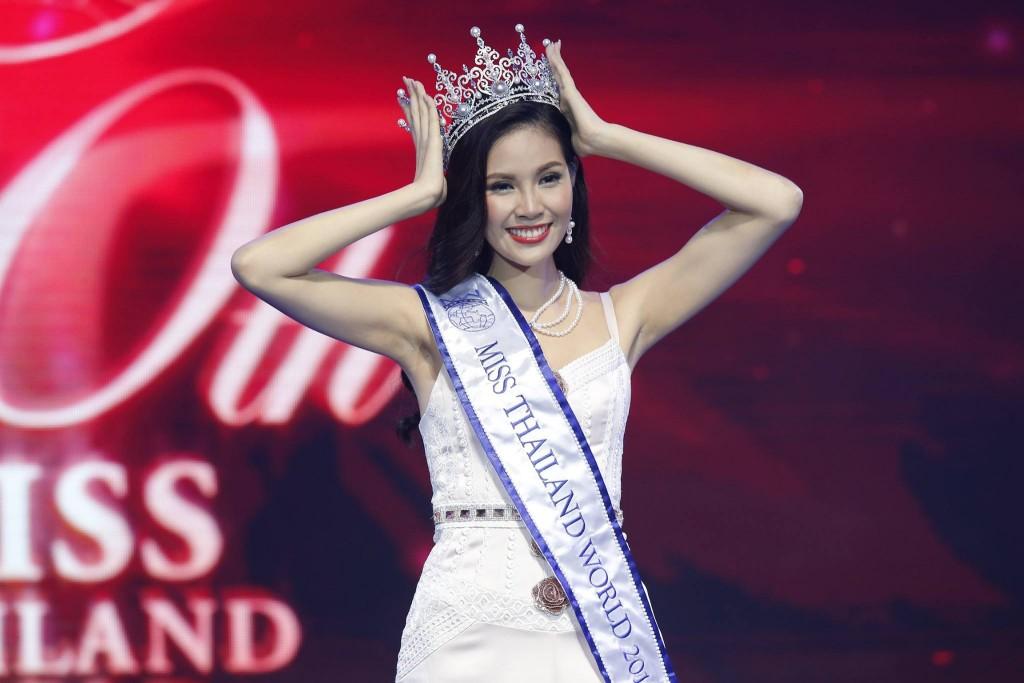 น้องไดร์ มิสไทยแลนเวิร์ด 2016 (8)