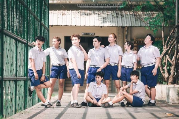 เป็นการถ่ายรูปจบที่แซ่บมาก! ภาพจากน้องๆ โรงเรียนสารสิทธิ์พิทยาลัย (12)