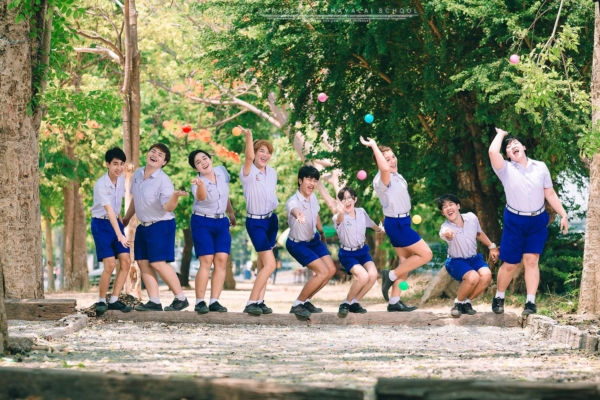 เป็นการถ่ายรูปจบที่แซ่บมาก! ภาพจากน้องๆ โรงเรียนสารสิทธิ์พิทยาลัย (16)