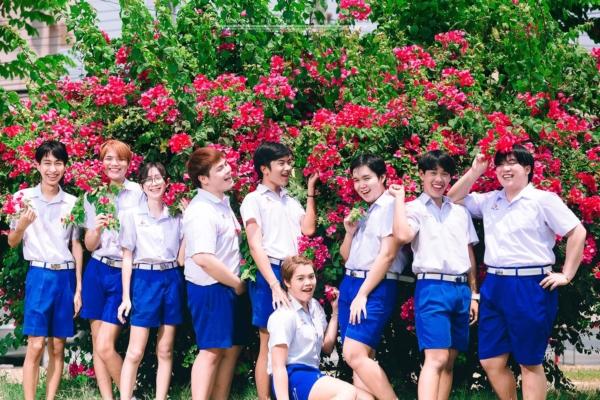เป็นการถ่ายรูปจบที่แซ่บมาก! ภาพจากน้องๆ โรงเรียนสารสิทธิ์พิทยาลัย (3)