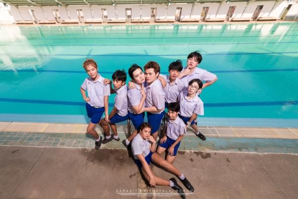 เป็นการถ่ายรูปจบที่แซ่บมาก! ภาพจากน้องๆ โรงเรียนสารสิทธิ์พิทยาลัย (5)