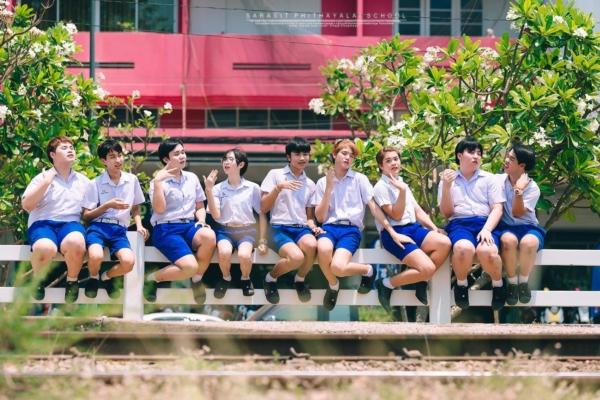เป็นการถ่ายรูปจบที่แซ่บมาก! ภาพจากน้องๆ โรงเรียนสารสิทธิ์พิทยาลัย (8)