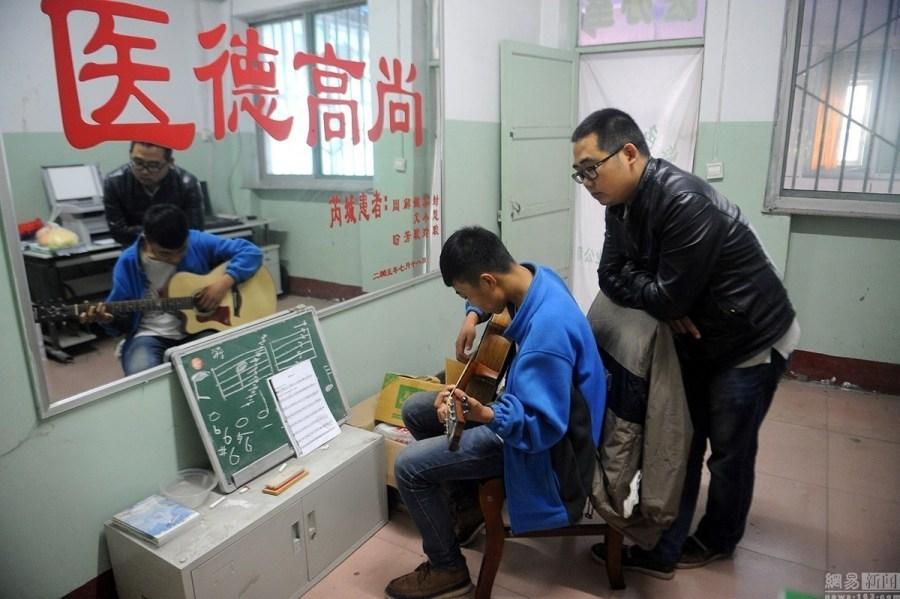 Linfen Red Ribbon hivschool (5)