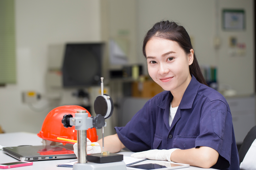คณะวิศวกรรมศาสตร์ ค่าย ค่ายนักอิเล็กทรอนิกส์รุ่นเยาว์ นักเรียน มหาวิทยาลัย