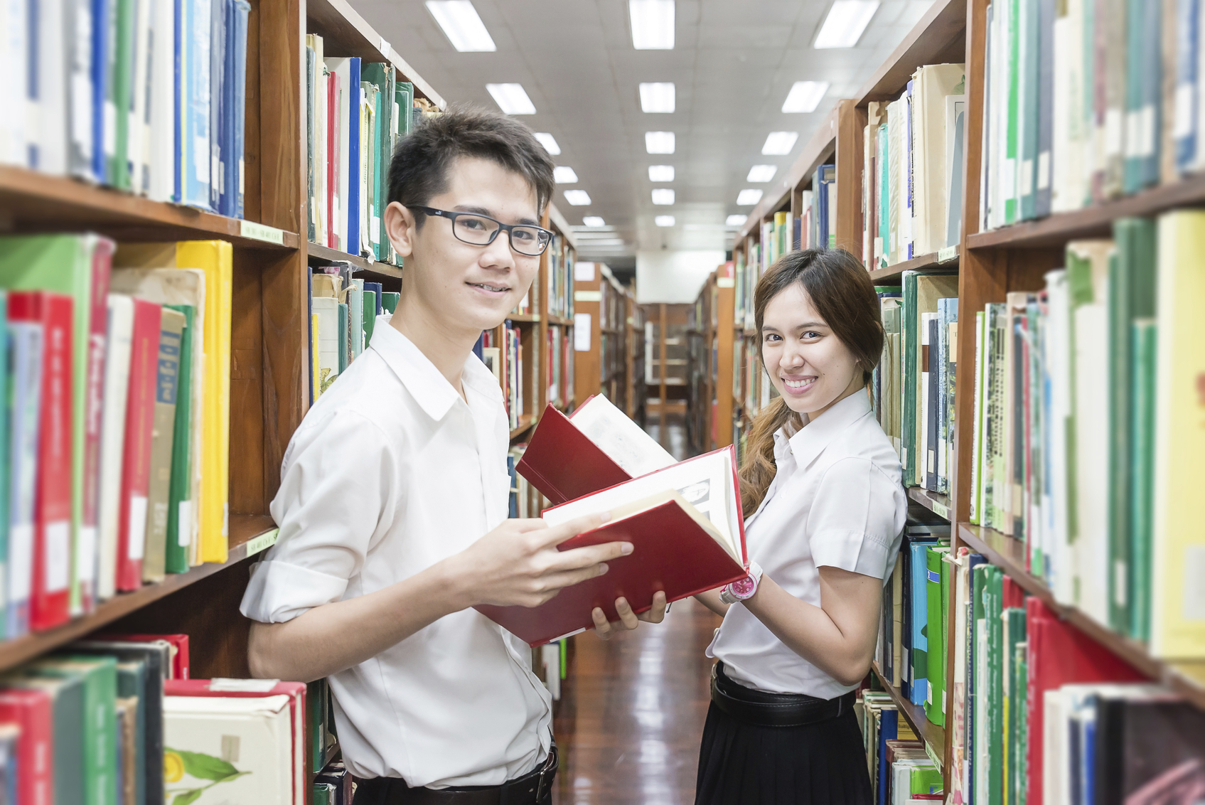 นักศึกษาใหม่ ปริญญาตรี มหาวิทยาลัย รับตรง โควตา