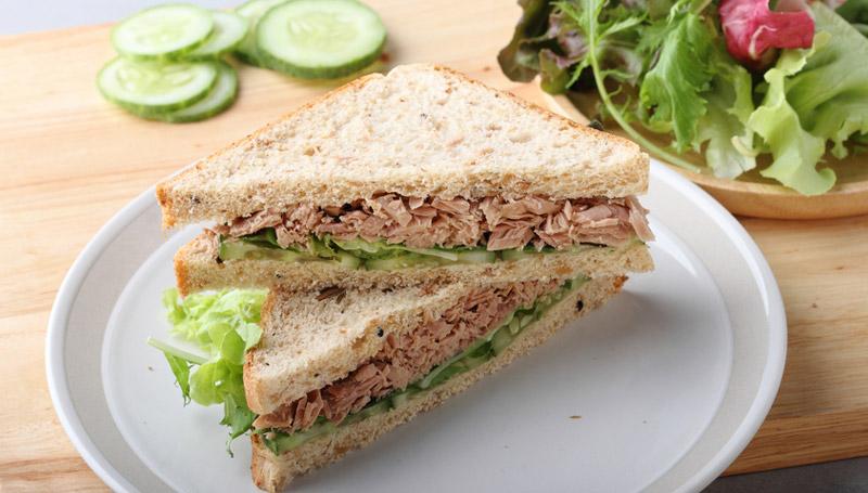 Sandwich ทูน่าสลัด เมนูเด็กหอ แคลอรี่ต่ำ แซนวิช