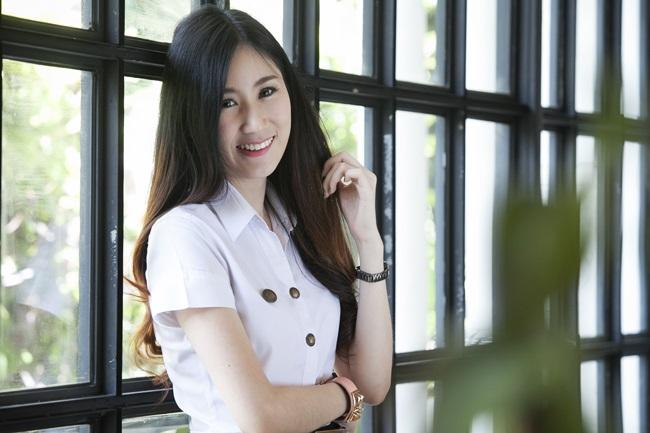 campus star cute girl Open Bag คลิปสาวน่ารัก คลิปสาวมหาลัย น้องหนูนิ มหาวิทยาลัยกรุงเทพ เปิดกระเป๋า