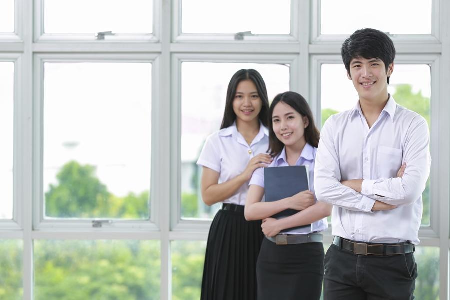 นักศึกษาใหม่ ปริญญาตรี มหาวิทยาลัย รับตรง แพทยศาสตร์