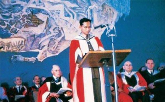 นักศึกษา มหาวิทยาลัยเมลเบิร์น ในหลวงรัชกาลที่ 9