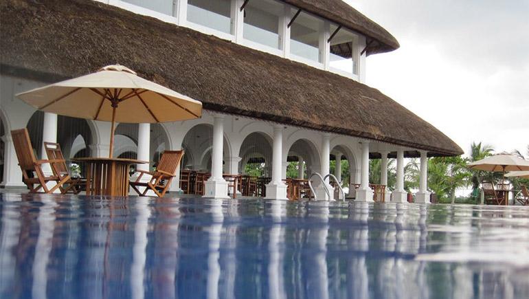 การท่องเที่ยวและการโรงแรม