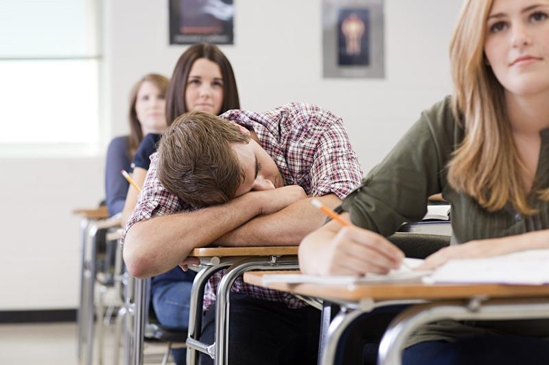 นักเรียน วิธีแก้ง่วงนอนในห้องเรียน