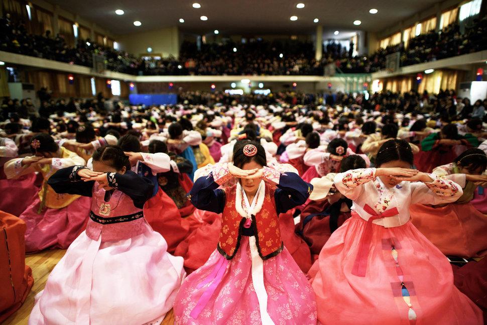 ภาพนักเรียนหญิงจากทั่วโลก