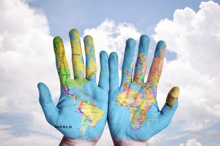 หลักสูตรโลกคดีศึกษาและการประกอบการสังคม