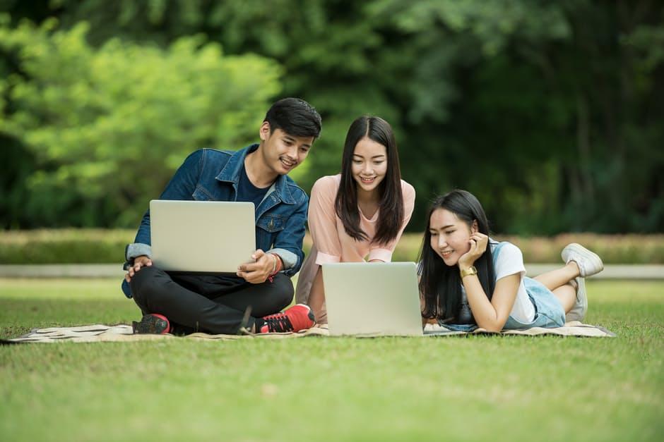 ความแตกต่าง นักเรียน สายสามัญ สายอาชีพ เปรียบเทียบ