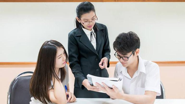 การเรียน ครู ติวเตอร์ นักเรียน เรียนพิเศษ