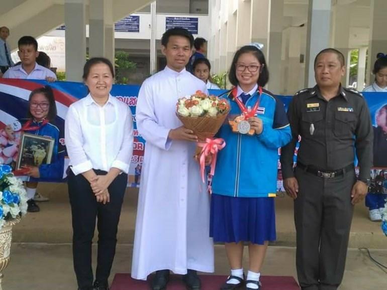 Seeme ชมพู่ วิรมณ นักกีฬาทีมชาติไทย นักกีฬายิงปืน ประเทศเยอรมนี เด็กเก่ง
