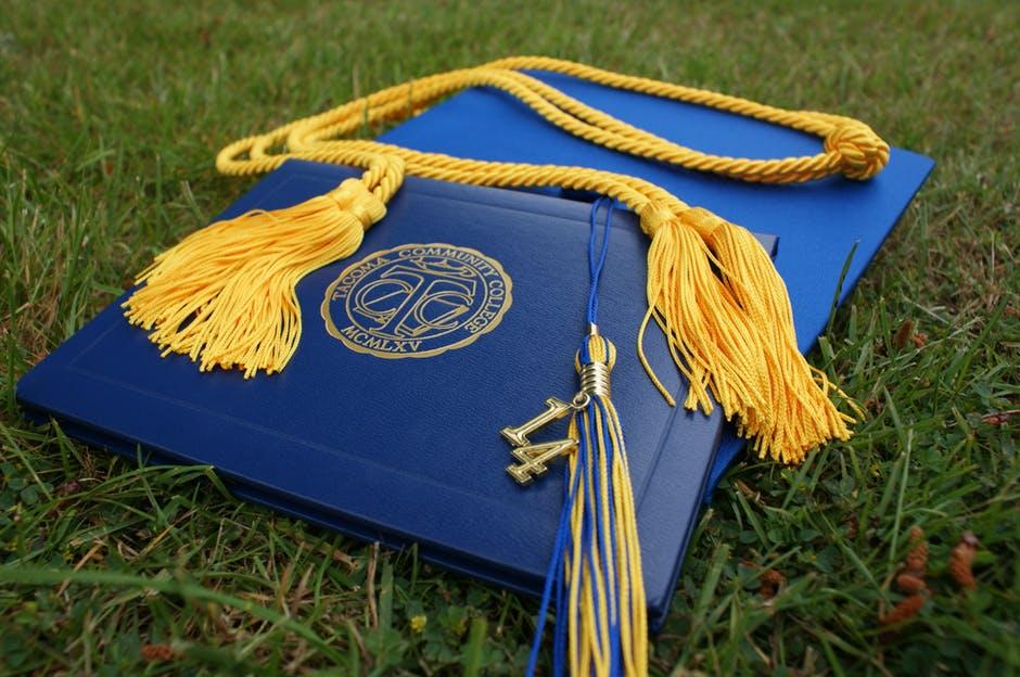 9 สุดยอดเว็บไซต์ค้นหาทุนการศึกษาจากรอบโลก