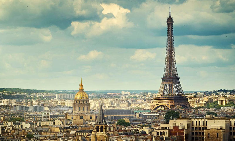 2. ปารีส (Paris)