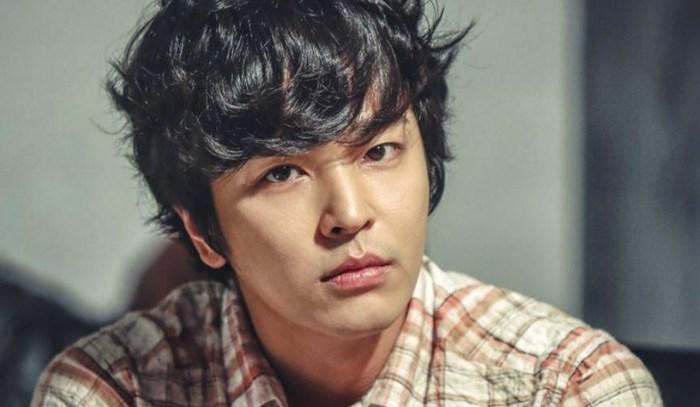 คิม จ็อง-ฮุน (Kim Jeong Hoon)