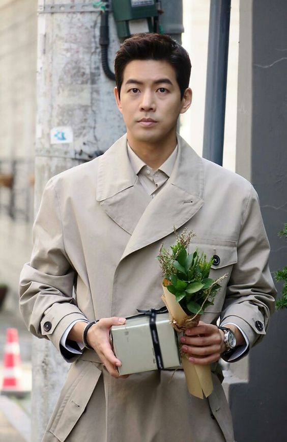 อีซังยุน (Lee Sang Yoon)