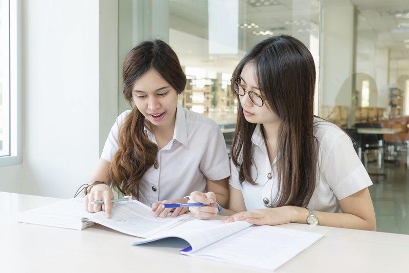 นักศึกษา มหาวิทยาลัย สอบ เคล็ดลับการเรียน