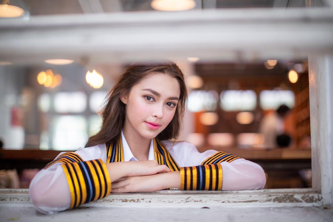 ดารารับปริญญา ดาราเกียรตินิยม ดาราในชุดครุย นางเอกช่อง 3 บัณฑิตจุฬาฯ แพทริเซีย กู๊ด