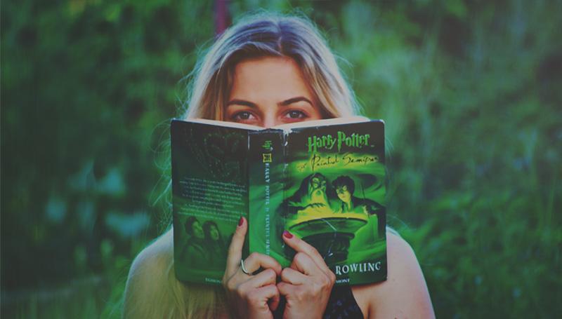 การอ่าน รักการอ่าน อาชีพ อ่านหนั อ่านหนังสือ
