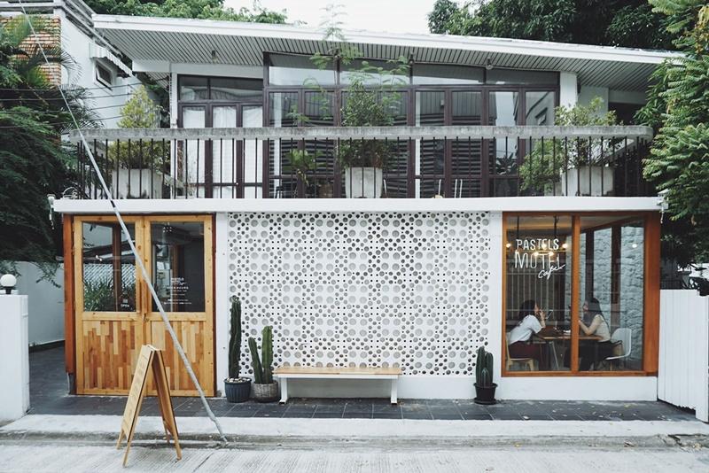 Pastels Motel Café