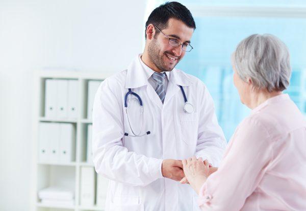 อันดับ 7ค่ารักษาพยาบาลบุคคลในครอบครัว
