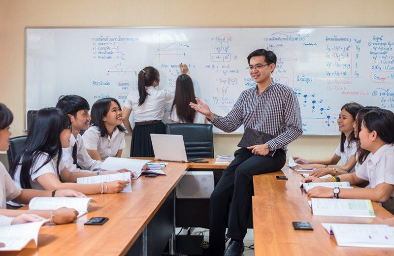 คณะครุศาสตร์ คณะครุศาสตร์อุตสาหกรรม คณะน่าเรียน คณะศึกษาศาสตร์ คุณครู