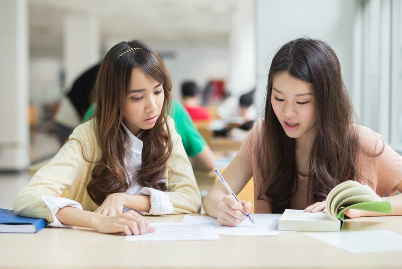 จบสายศิลป์ภาษา เรียนต่อสาขา (ภาษา) อะไรดี?