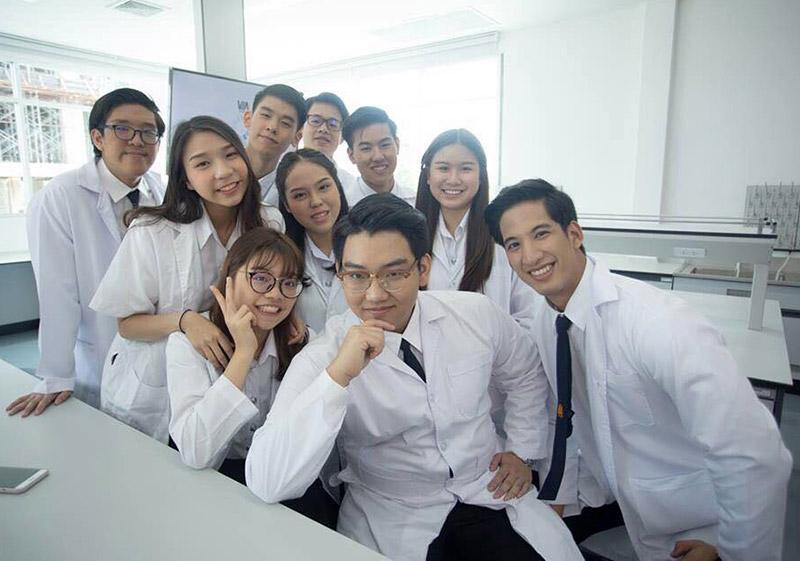 นักศึกษา-สจล2
