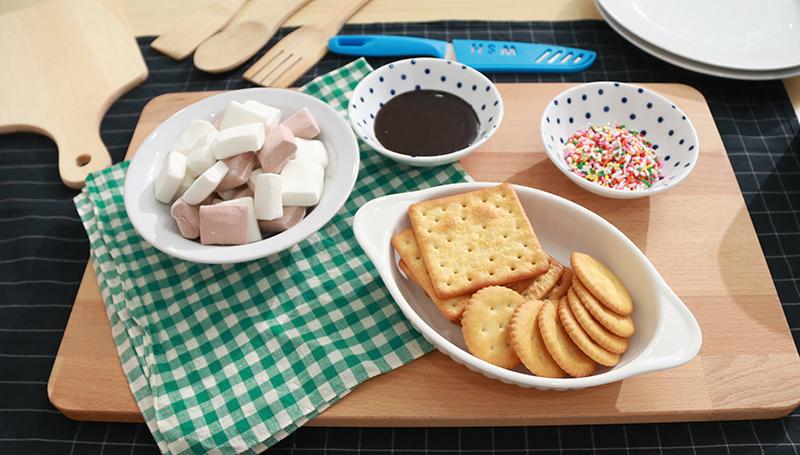 ช็อกโกแลต มาชเมลโล่ สูตรอาหารทำง่าย เมนูเด็กหอ แครกเกอร์