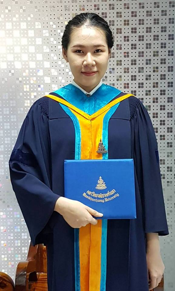 นางสาวสิริมา จิรเจริญเวศน์ บัณฑิตคณะบริหารธุรกิจ มหาวิทยาลัยรามคำแหง