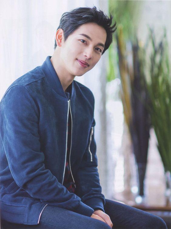 อิมชีวาน (Im Si Wan)
