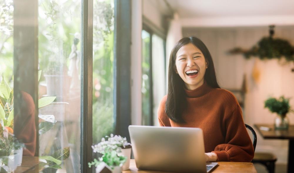 ขายของออนไลน์ ครูสอนออนไลน์ ที่ปรึกษาออนไลน์ อาชีพด้านออนไลน์ อาชีพทำเงิน