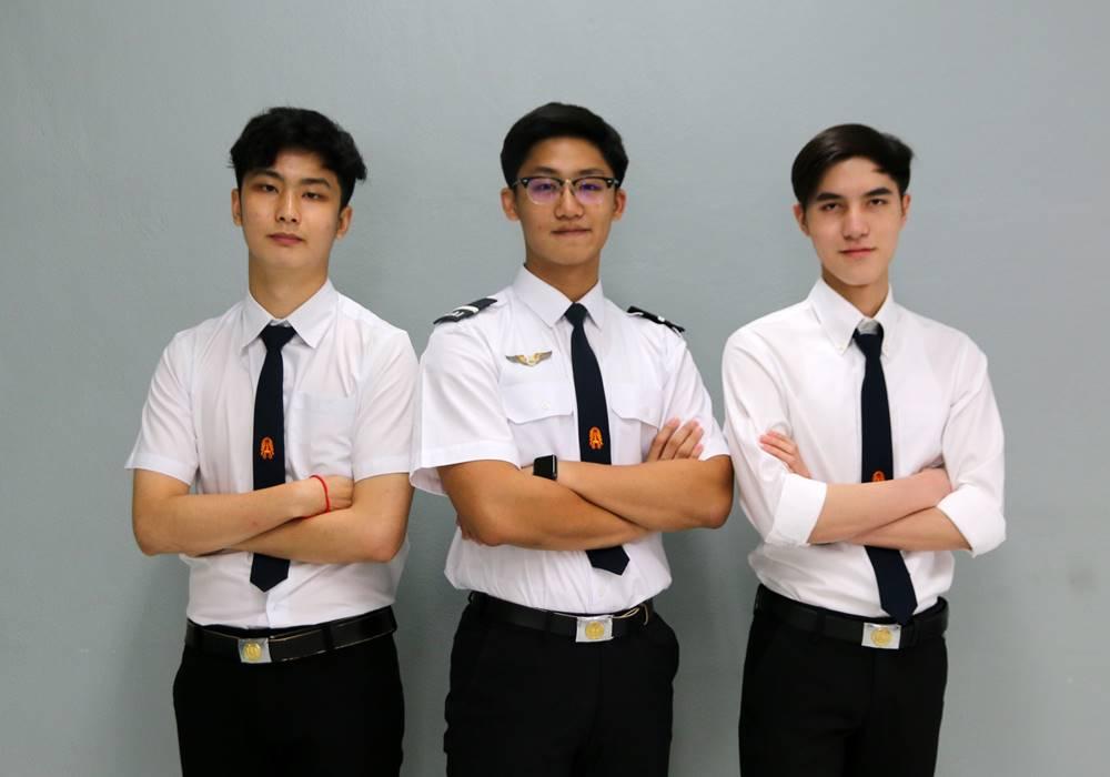 พระจอมเกล้าฯ ลาดกระบัง รับตรงร่วมกัน หลักสูตรการบิน หลักสูตรอินเตอร์ แนะแนวการศึกษา